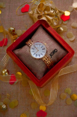 Love this watch? Click here to buy!